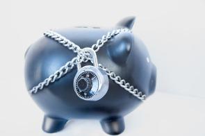 piggy bank padlock